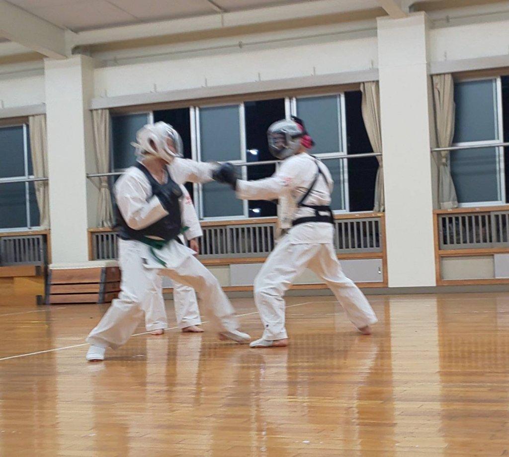 一般男子組手練習